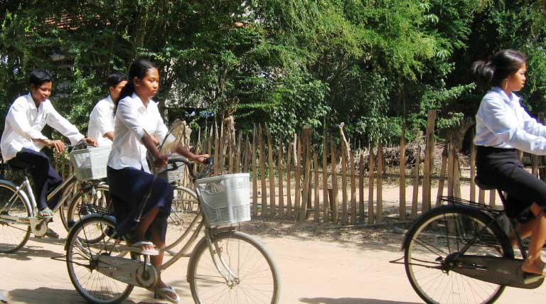 Cycling Angkor – Independent, Silent, Flexible & Cheerful